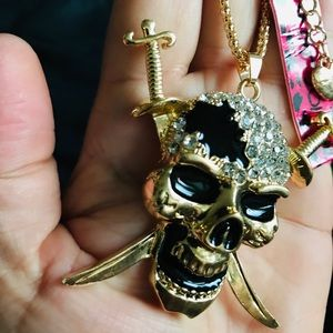 BETSEY JOHNSON~ Pirate SKULL XLarge